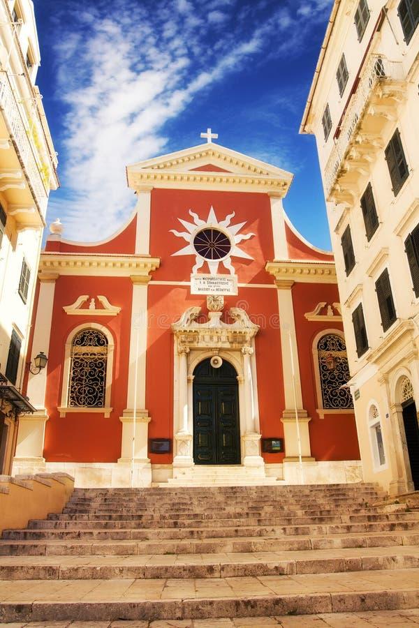La iglesia de Mitropoli Panagias en la ciudad vieja de Corfú foto de archivo