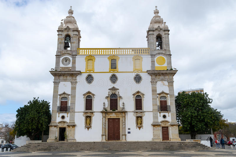 La iglesia de Nossa Senhora hace el interior de Carmen cuyo es localizado imagen de archivo libre de regalías