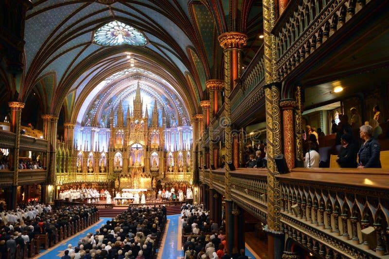 La iglesia de Notre-Dame imagenes de archivo