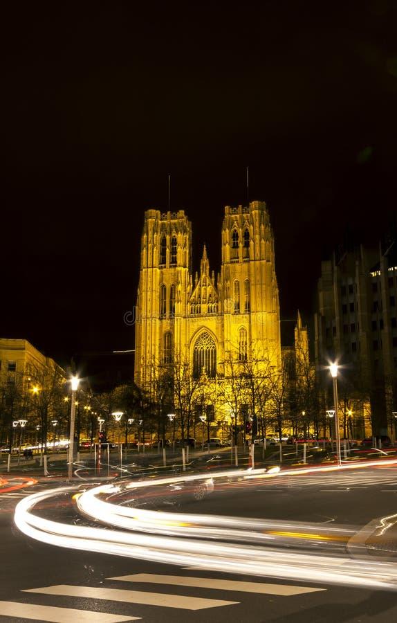 La iglesia de San Miguel en Bruselas Bélgica imagenes de archivo