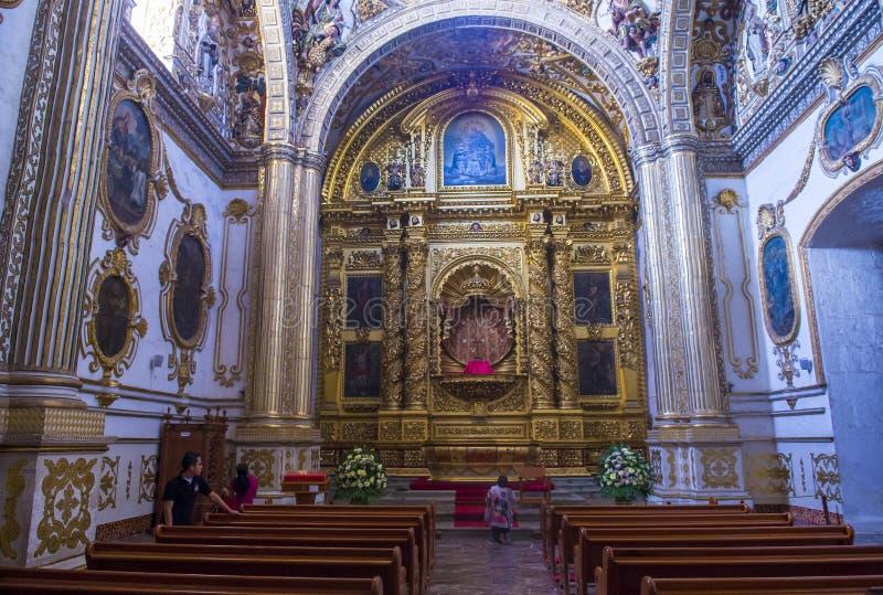 La iglesia de Santo Domingo de Guzman en Oaxaca México imagenes de archivo