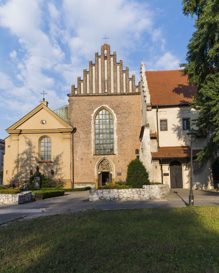 La iglesia de St Francis de Assisi en Kraków imagenes de archivo