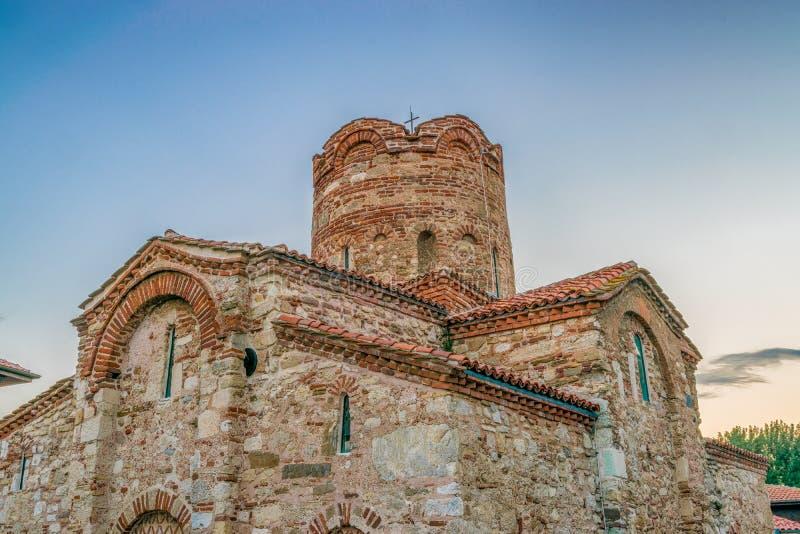 La iglesia de St John el Bautista en la ciudad antigua de Nessebar en la salida del sol en la costa búlgara Nesebar, Nesebr del  fotos de archivo