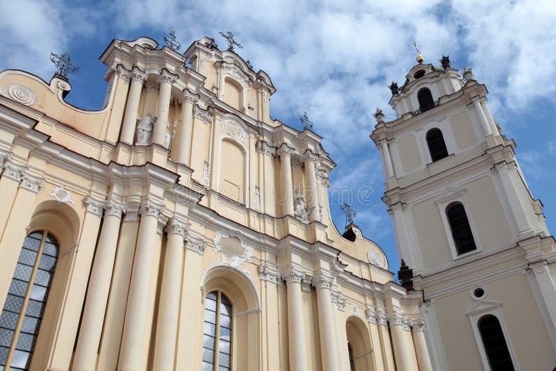 La iglesia de St John en la universidad de Vilna, Vilna, Lituania fotografía de archivo