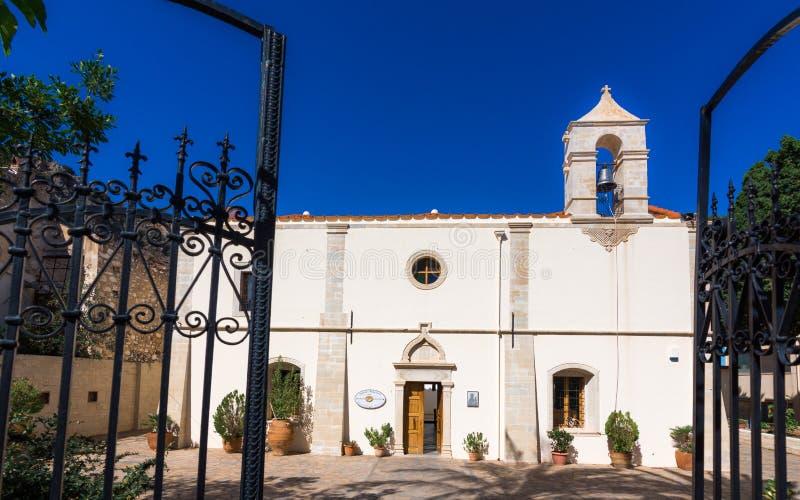 La iglesia de Stavromenou en el pueblo Kritsa, Creta, Grecia imágenes de archivo libres de regalías