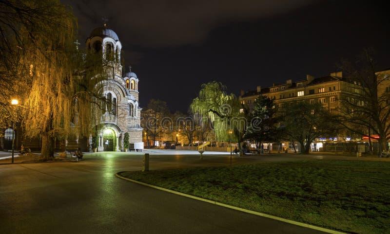 La iglesia de Sveti Sedmochislenitsi en Sofía foto de archivo