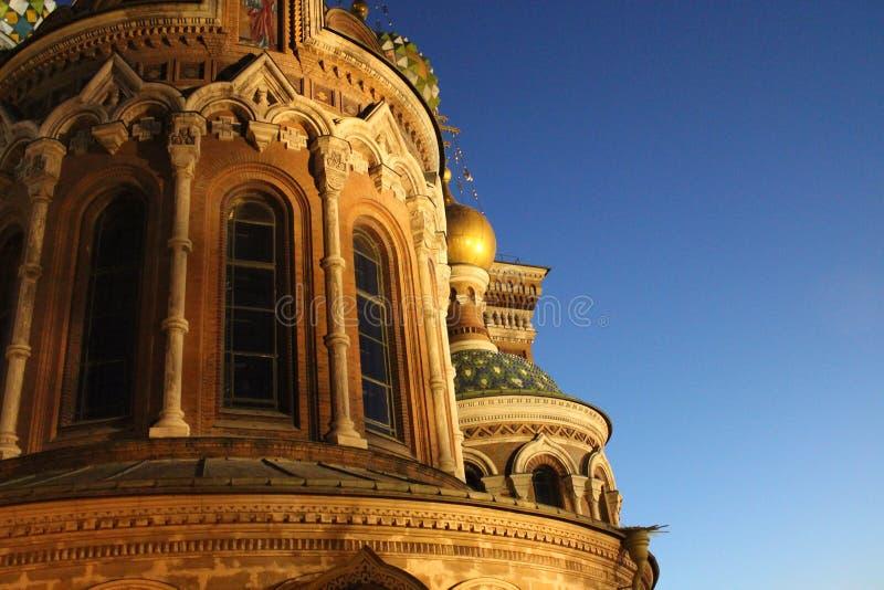 La iglesia del salvador en sangre derramada en St Petersburg imagen de archivo
