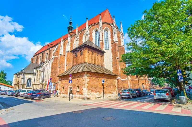 La iglesia en estilo gótico en Kraków, Polonia imagen de archivo