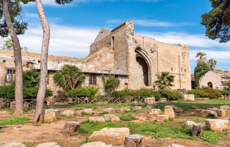La iglesia inacabada de Spasimo del dello de Santa Maria, está situada en el distrito de Kalsa, una de las más viejas partes de P fotos de archivo libres de regalías