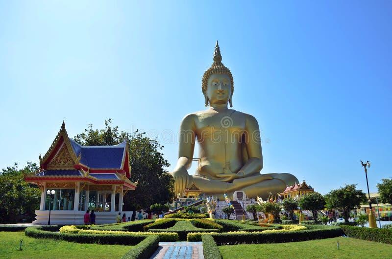 La imagen más grande de Buddha imagenes de archivo