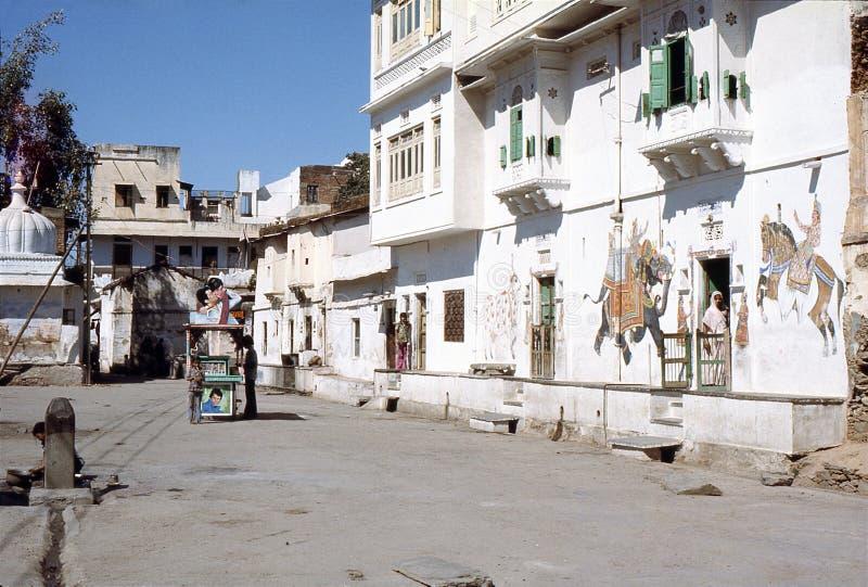 1977 La India Udaipur Escena de la calle de la vieja parte de Udaipur fotos de archivo libres de regalías