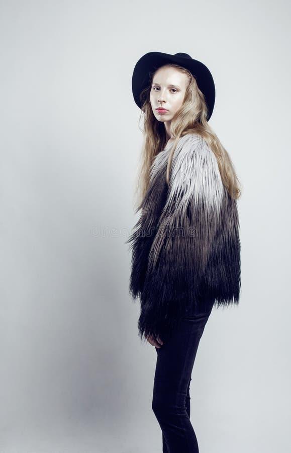 Ado Blond Dans Le Collant De Danseur Photo stock - Image
