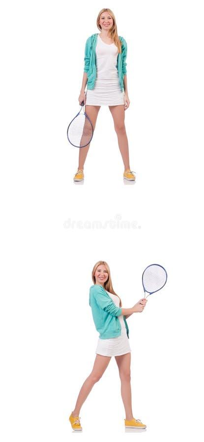 La jeune belle dame jouant au tennis d'isolement sur le blanc photos libres de droits