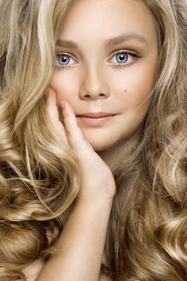 Princesse blonde long cheveux