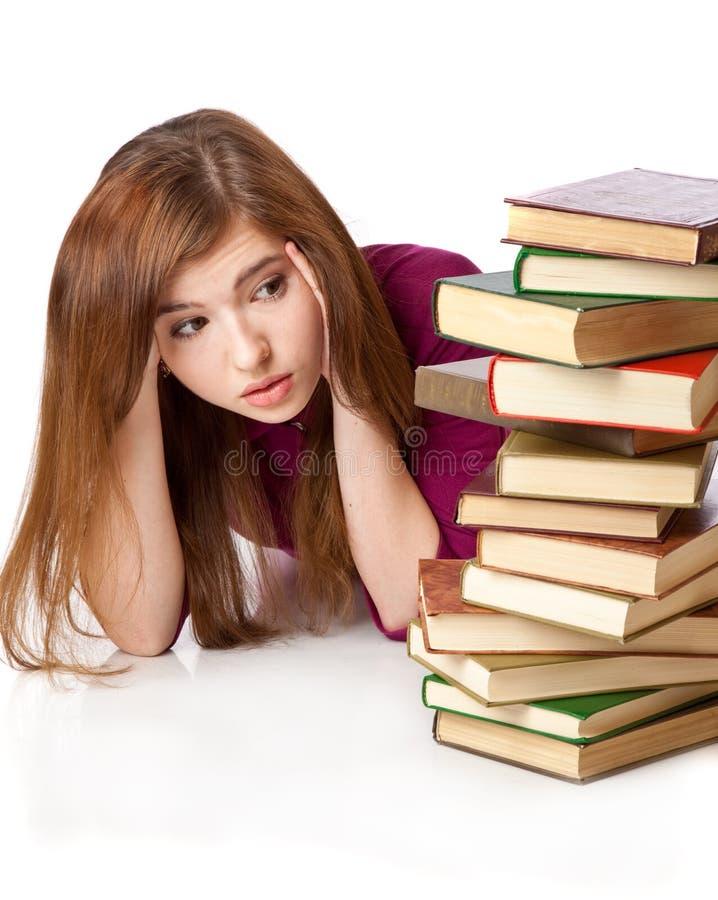 la jeune fille se trouve sur un tage avec des livres image stock image du livre beaut 16131329. Black Bedroom Furniture Sets. Home Design Ideas