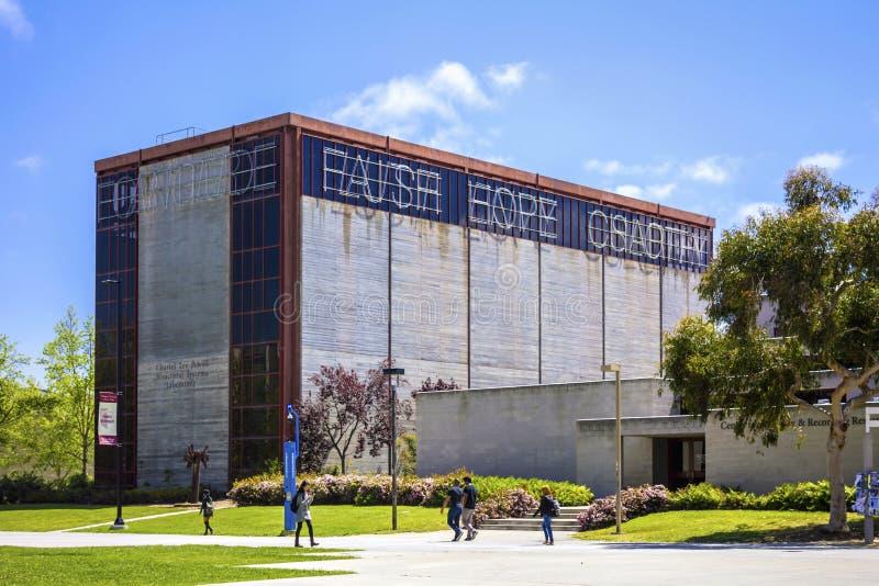 La Jolla, California, U.S.A. - 3 aprile 2017: Charles Lee Powell Structural Research Laboratory nell'università di California San immagine stock libera da diritti