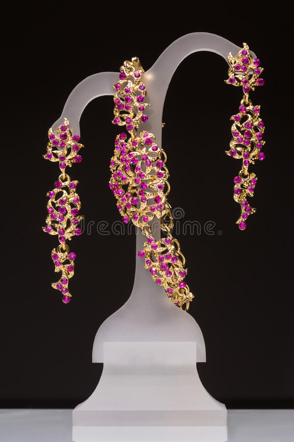 La joyería de traje Colgante, pendientes stock de ilustración