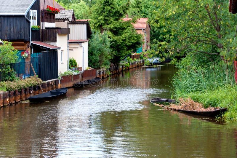 La juerga del río en el bbenau del ¼ de la pequeña ciudad LÃ foto de archivo