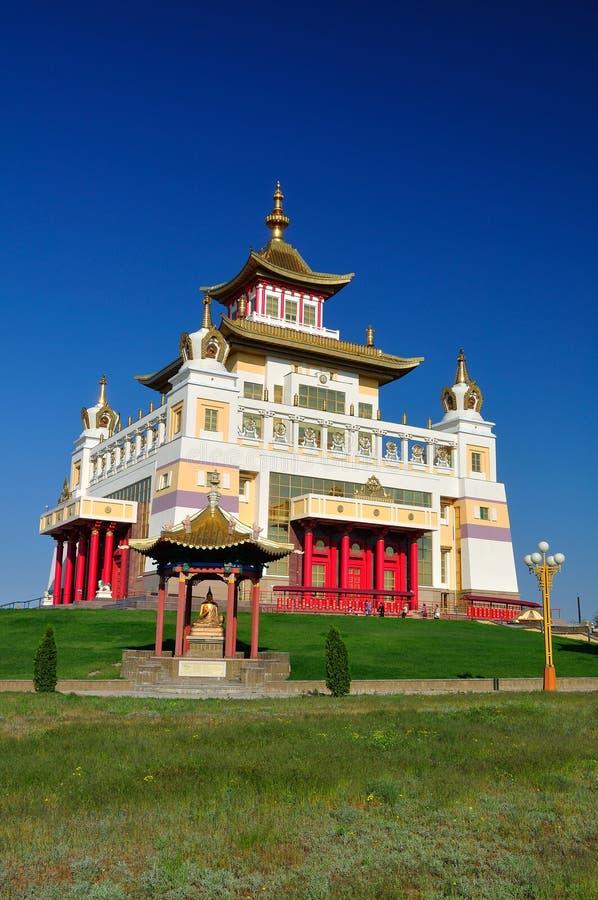 La Kalmoukie Elista Demeure d'or de temple de Bouddha Shakyamuni photo libre de droits