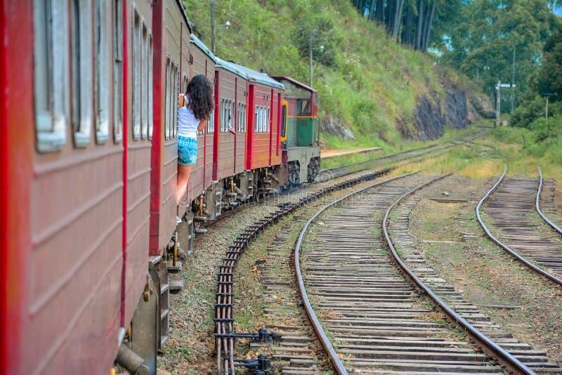 La línea principal ferrocarril en Sri Lanka fotos de archivo libres de regalías