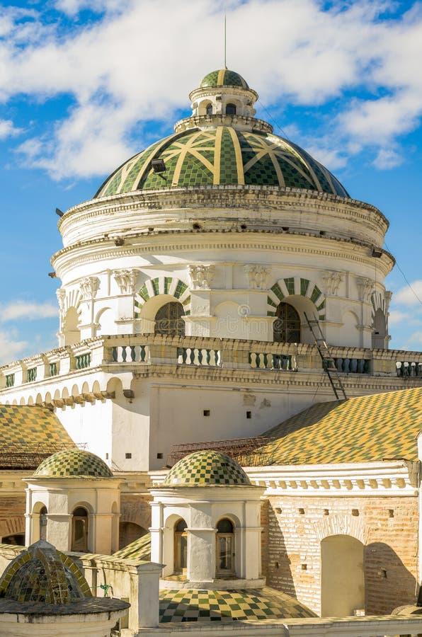 La La Compania couvre d'un dôme Quito Equateur Amérique du Sud images stock