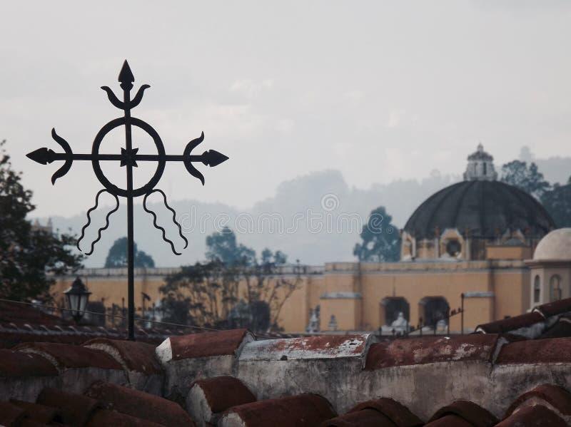 La La d'annata trasversale di pomeriggio dell'Antigua Guatemala della chiesa del catholich merced fotografia stock libera da diritti