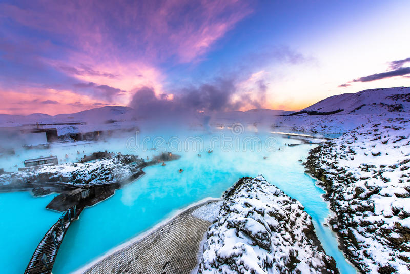 La laguna blu famosa vicino a Reykjavik, Islanda immagine stock