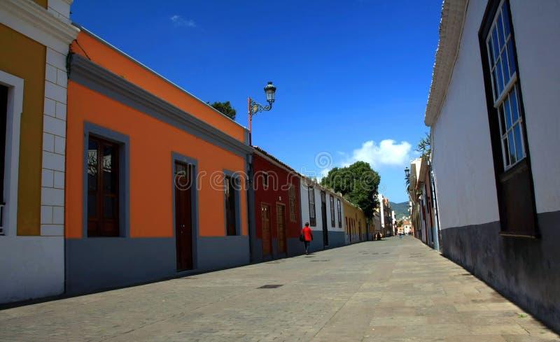La Laguna dans Tenerife, isnalds jaunes canari, Espagne photographie stock libre de droits