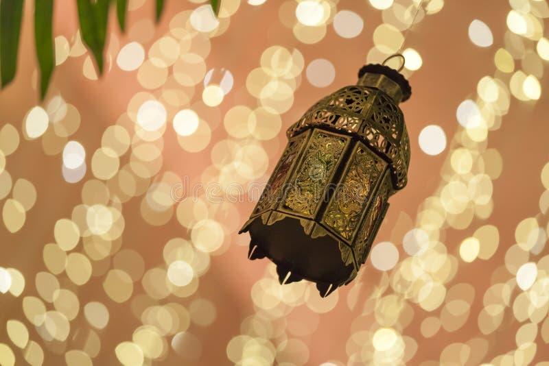 La lanterna araba tradizionale si è accesa per il Ramadan, Diwali immagine stock libera da diritti
