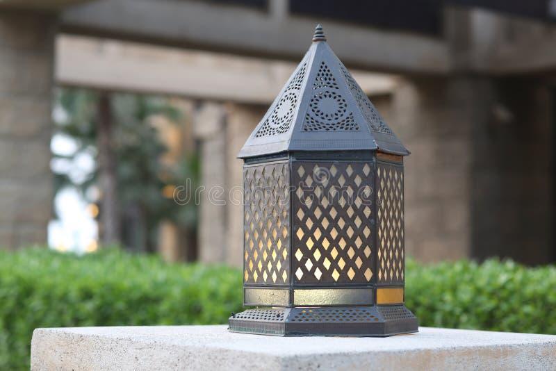La lanterne traditionnelle de Moyen-Orient photo libre de droits