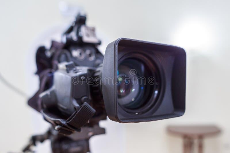 La lentille de la caméra de télévision photographie stock