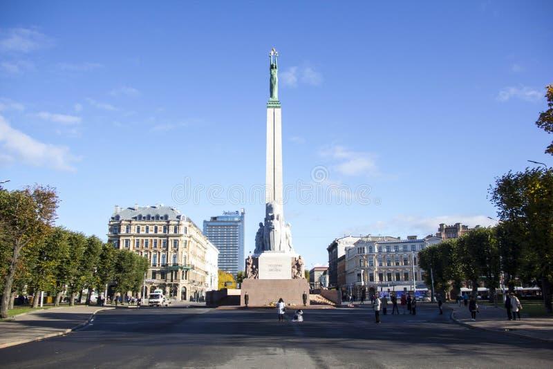 La Lettonie : Monument de liberté de Riga photographie stock