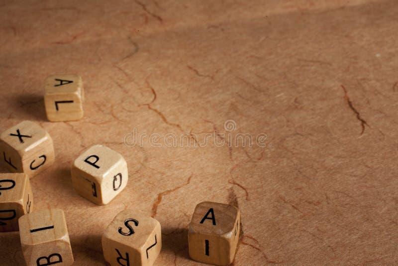 La lettre découpe - dyslexie - l'éducation image stock
