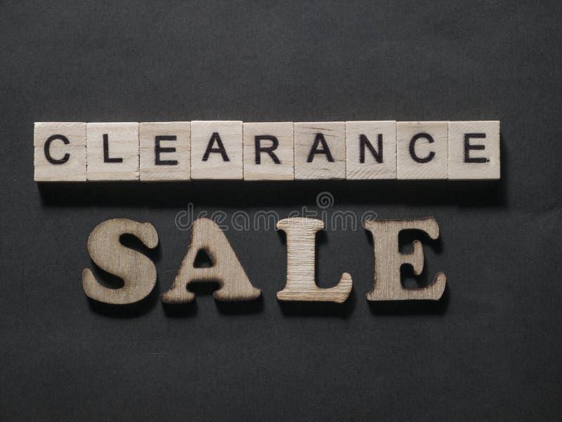 La liquidaci?n, las palabras de comercializaci?n de motivaci?n del negocio cita concepto fotografía de archivo libre de regalías