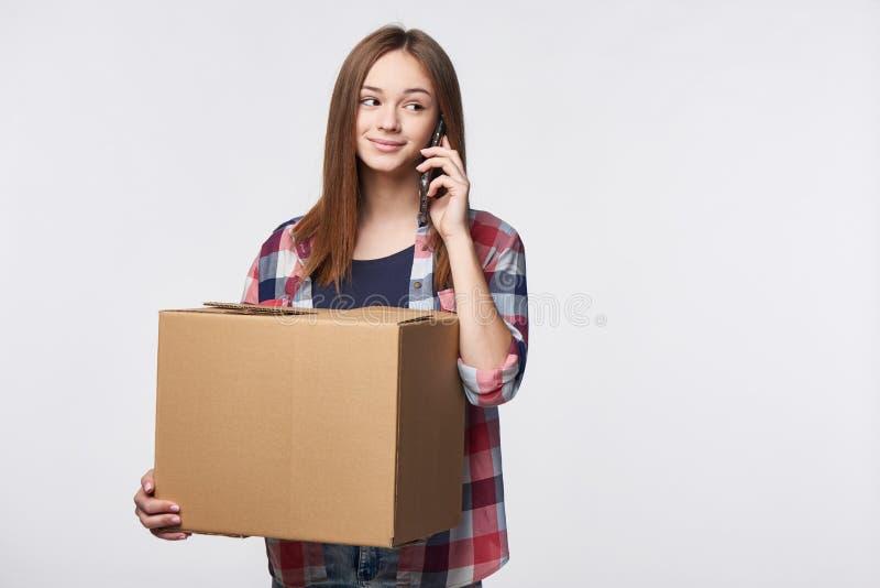 La livraison, relocalisation et déballage photos stock