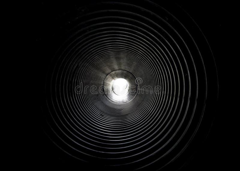 La lumière à l'extrémité du tunnel photos libres de droits