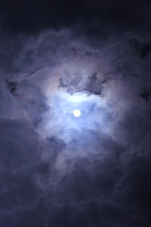 La lumière dans le ciel photos stock