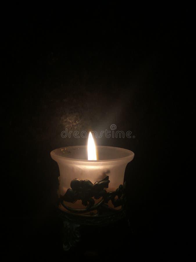 La lumière de bougie est le meilleur photo stock