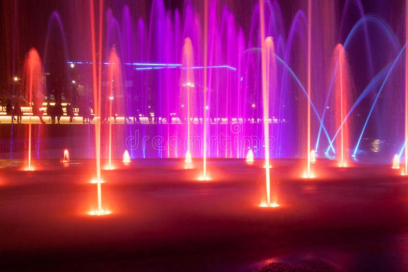La lumière et la fontaine de musique dans Eilat, Israël images libres de droits