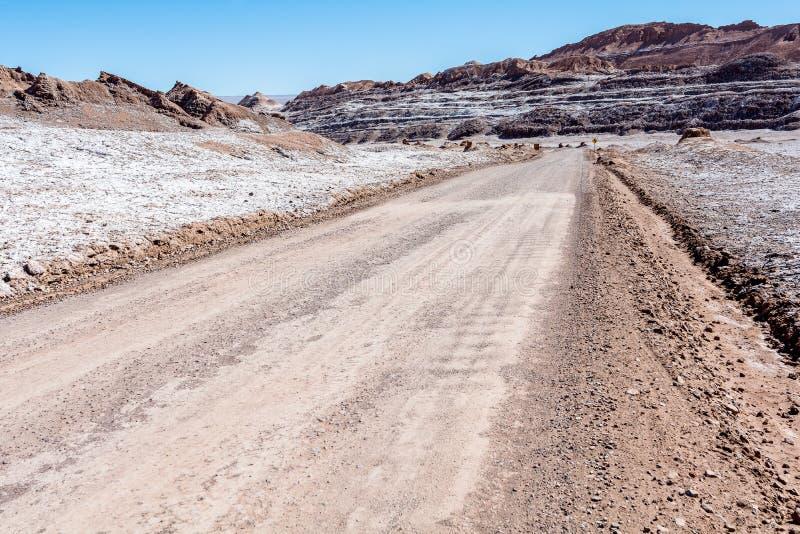 La Luna de Valle de - deserto de Atacama fotos de stock royalty free