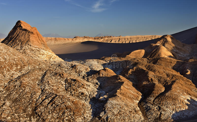 La Luna de Valle de - deserto de Atacama - o Chile imagens de stock