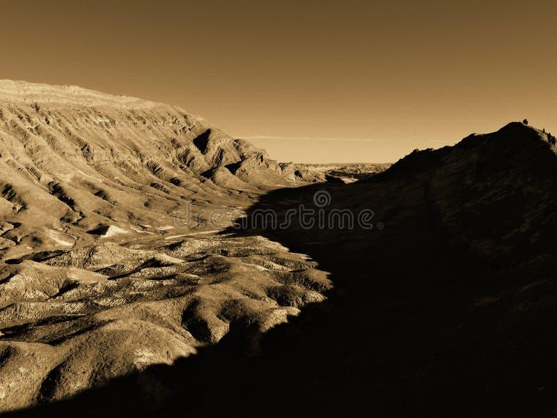 La Luna de Valle de no deserto de Atacama, vista original durante o por do sol do inverno foto de stock