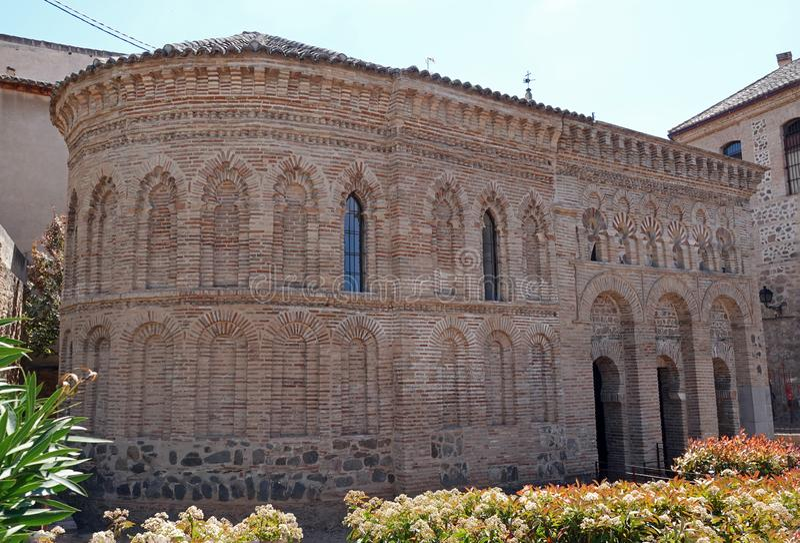 La Luz de Mezquita del Cristo de em Toledo, Espanha foto de stock