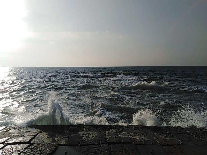 La mañana hermosa del mar Mediterráneo foto de archivo libre de regalías