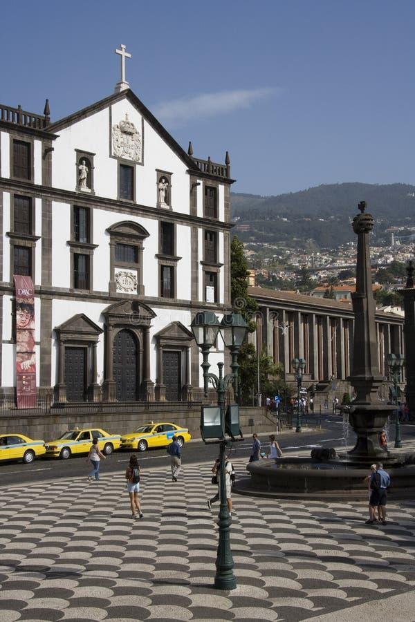 La Madère - Praca font Municipio à Funchal image libre de droits