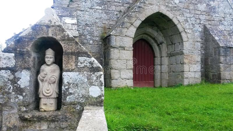 La Madeleine, l'église et la statue photo libre de droits
