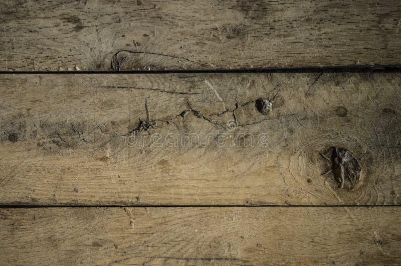 La madera sube al fondo del piso del tablón imagenes de archivo