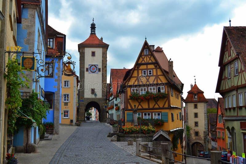 La maggior parte della vista famosa del der Tauber del ob di Rothenburg immagine stock libera da diritti
