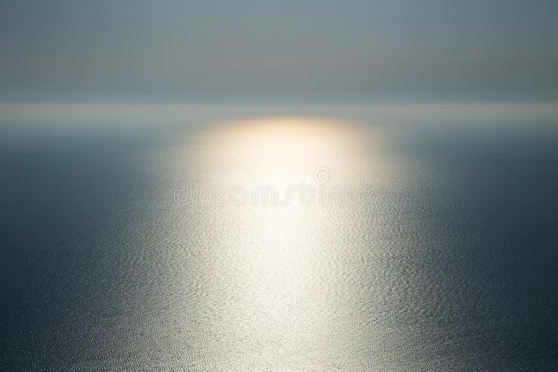 La magia de la naturaleza Luz en el agua foto de archivo libre de regalías