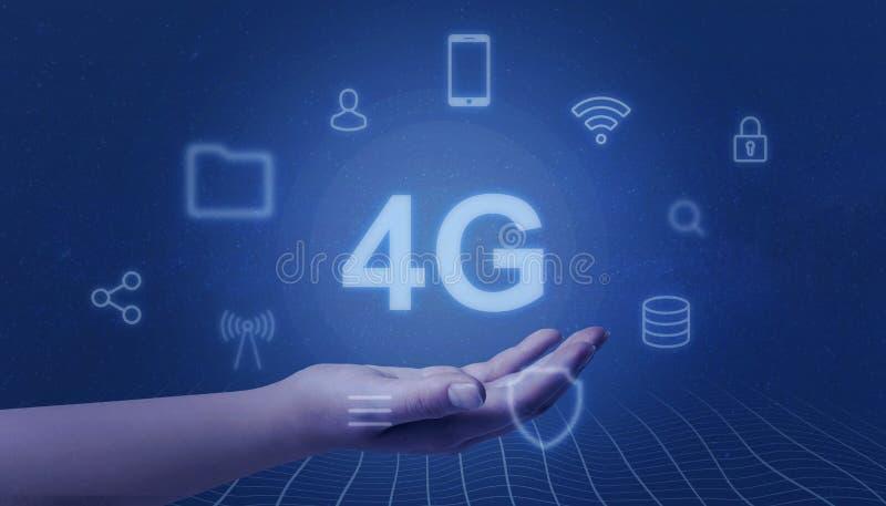 La main représente 4G Concept mobile de r?seau photos libres de droits